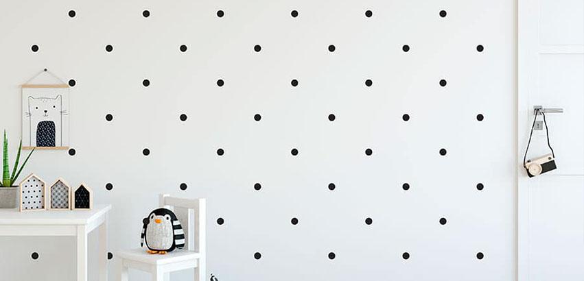¿Cuántos vinilos de topos necesito para mi pared y como los coloco?