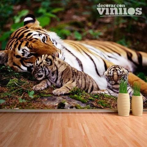 Fotomural - Tigre con Crias